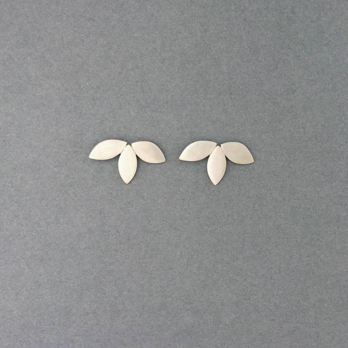 Flora Studs Silver
