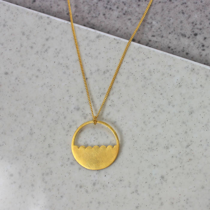 Ls Lois Necklace Gold