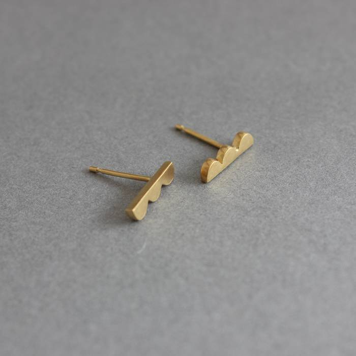 Sybil Studs Gold Side